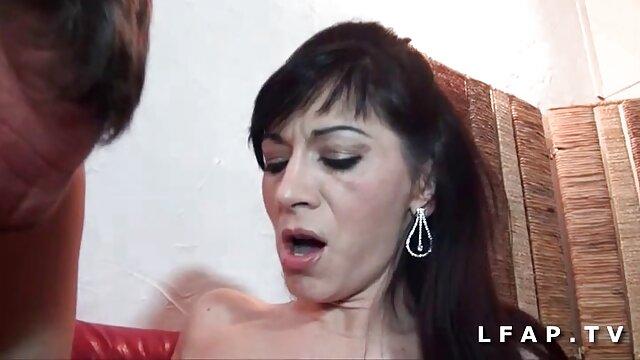 Աստղերը մինետ պոռնո աստղ porn արդյունաբերության Sandy Նեյլոնե.